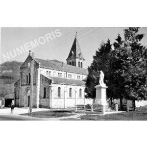 11310 Chirens (Isère) l'église et le monument