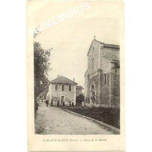 St-Blaise-du-Buis (Isère) place de la mairie