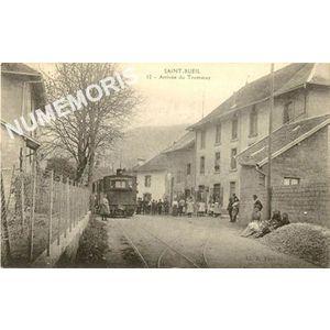 Saint-Bueil 12 - arrivée du tramway