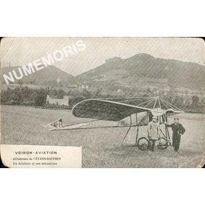 Voiron aviation aérodrome de l'étang-Dauphin un aviateur et son mécanicien
