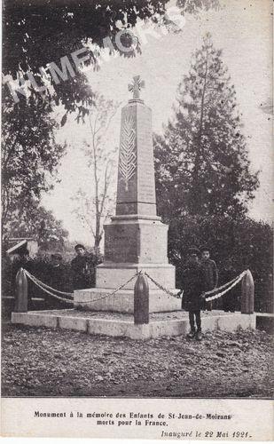Monument à la mémoire des enfants de St Jean de Moirans morts pour la France
