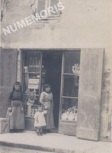 Saint Etienne de Crossey photos