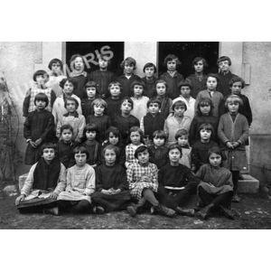 Chirens école en 1929 filles
