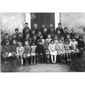 Chirens école en 1934-36 garçons (petits)