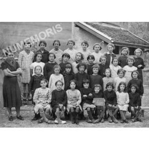 Chirens école en 1937 filles