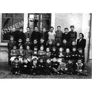 Chirens école en 1951-52 petits