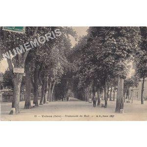 025 Voiron (Isère) promenade du mail