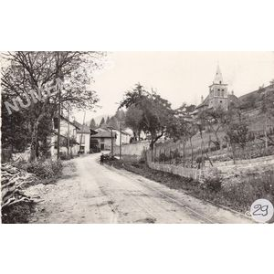 Massieu (Isère) avenue du Bourg