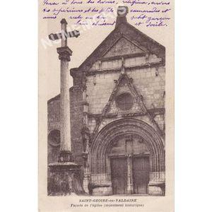 Saint-Geoire-en-Valdaine (Isère) façcade de l'église monument historique