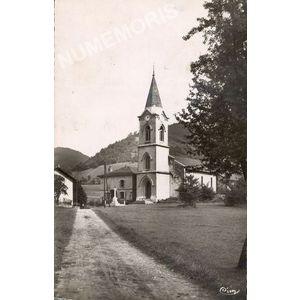 Saint-Nicolas de Macherin (Isère) l'église