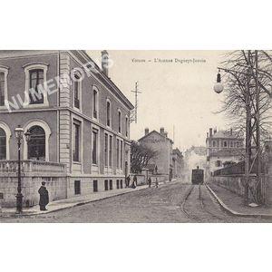 JG 008 Voiron l'avenue Dugueyt-Jouvin