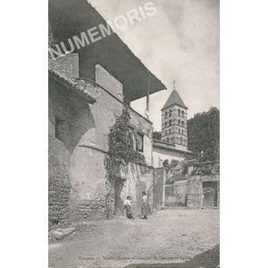 510 - Voreppe vieille maison et clocher de l'ancienne église