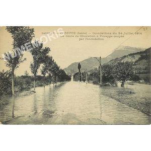 Dauphiné, Voreppe, 24 juillet 1914  la route du chevalon coupée par l'inondation