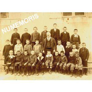 école de Pommiers la Placette vers 1906-08