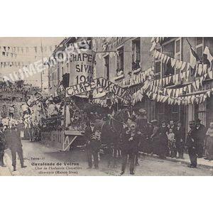 JG 037 Cavalcade de Voiron char de l'Industrie chapelière 1810-1910 Maison Sivas