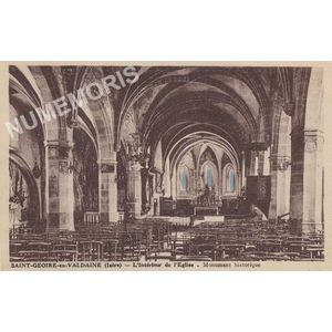Saint-Geoire-en-Valdaine (Isère) l'intérieur de l'église monument historique