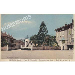 Moirans (Isère) Place de l'Assemblée Monument aux Morts Ecole de garçons
