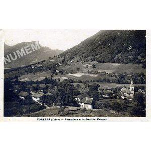 Voreppe (Isère) Pommiers et la dent de Moirans