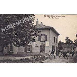 St-Blaise-du-Buis (Isère) rue du centre