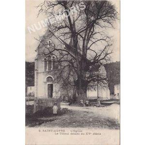 009 Saint-Aupre l'église le tilleul datant du XVè siècle