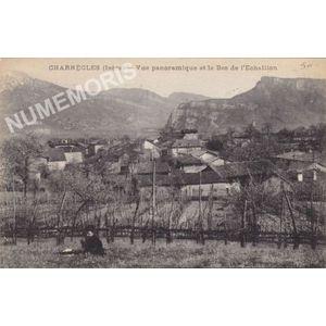 Charnècles (Isère) vue panoramique et le Bec de l'Echaillon