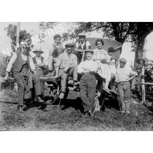 Chirens : vendanges vers 1920 à Clermont