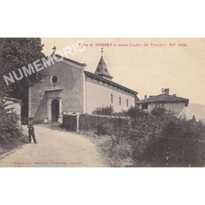 Eglise de Vourey et ancien clocher des Templiers (XIIe siècle)
