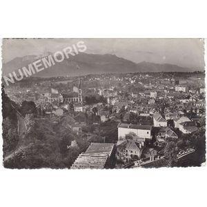 les belles Alpes françaises 4 Voiron (Isère) vue générale et le Vercors