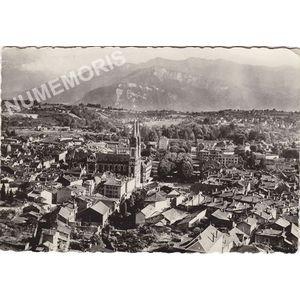 603 VOIRON (Isère) Vue générale et le Vercors
