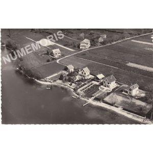 21374 le lac de Paladru-Charavines (Isère) les villas du Petit-Bilieu Charavines