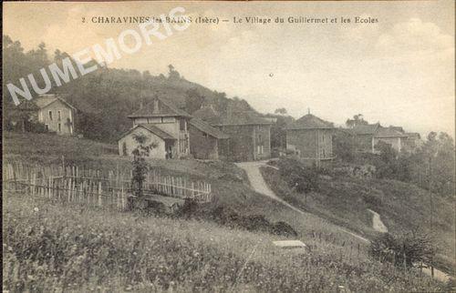 002 Charavines-les-Bains (Isère) le village du Guillermet et les écoles