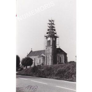 Montferrat : réparation du clocher après la foudre en 1978