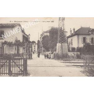 012 Moirans (Isère) la Galifette