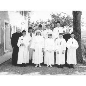 Bilieu : la communion solennelle avec l'abbé Morestin