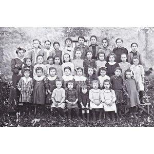 Bilieu : école de 1918-19 avec Mme Burlon