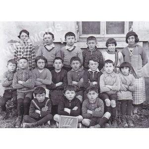 Bilieu : école de 1935-36 avec Mlle Pellafol