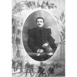 Bilieu : Valéry Commandeur chez les pompiers de Paris en 1920