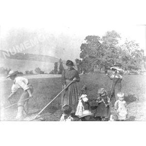 Bilieu : les faucheurs avant 1914