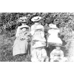 Bilieu : jeunes mamans avant 1914