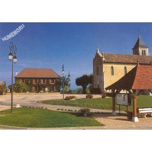 la mairie et l'église de Charancieu