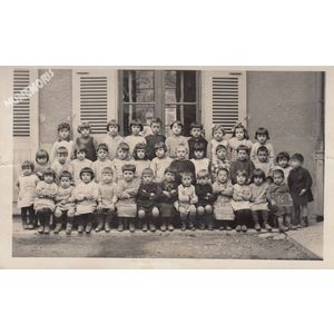 Chirens école en 1924 environ petits