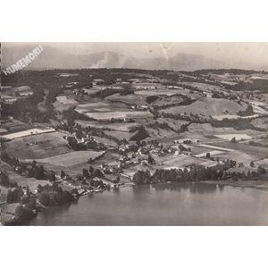21.425 Paladru (Isère) et son lac vue aérienne