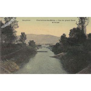 Dauphiné Charavines-les-Bains vue du grand Canal et le lac
