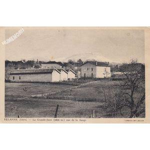Velanne (Isère) la Grande-Sure (1924 m.) vue de la Sauge