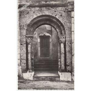 I21558 Saint Geoire en Valdaine (Isère) l'Eglise (Monument historique) le porche de Saint Sixte