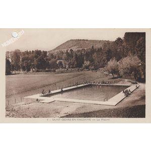 004 Saint-Geoire-en-Valdaine la piscine