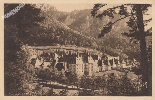 couvent de la Grande Chartreuse (Isère) (architecture monastique des XIe et XIIe s.)