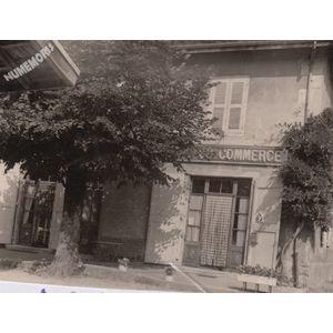 Montferrat : café du commmerce en 1973
