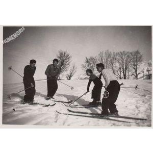 Montferrat : ski en 1951