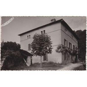 la maison de la tour à Saint Aupre